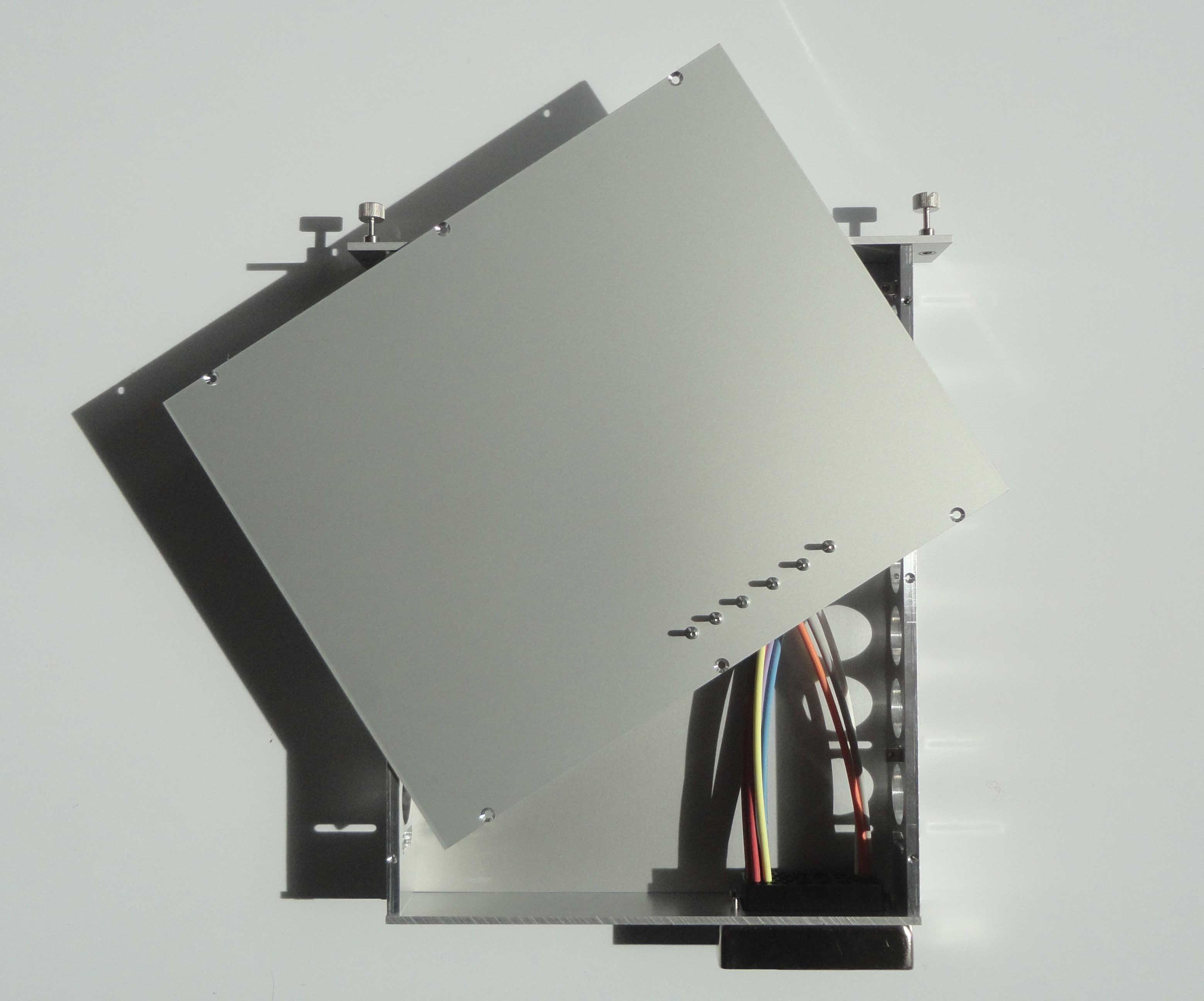 Montage flanc lateral droit tiroir NIM WIENER